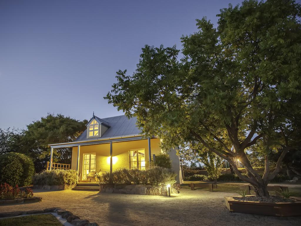 Vineyard Cottages - Accommodation Mooloolaba