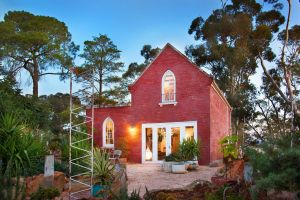 bebe castlemaine - Accommodation Mooloolaba