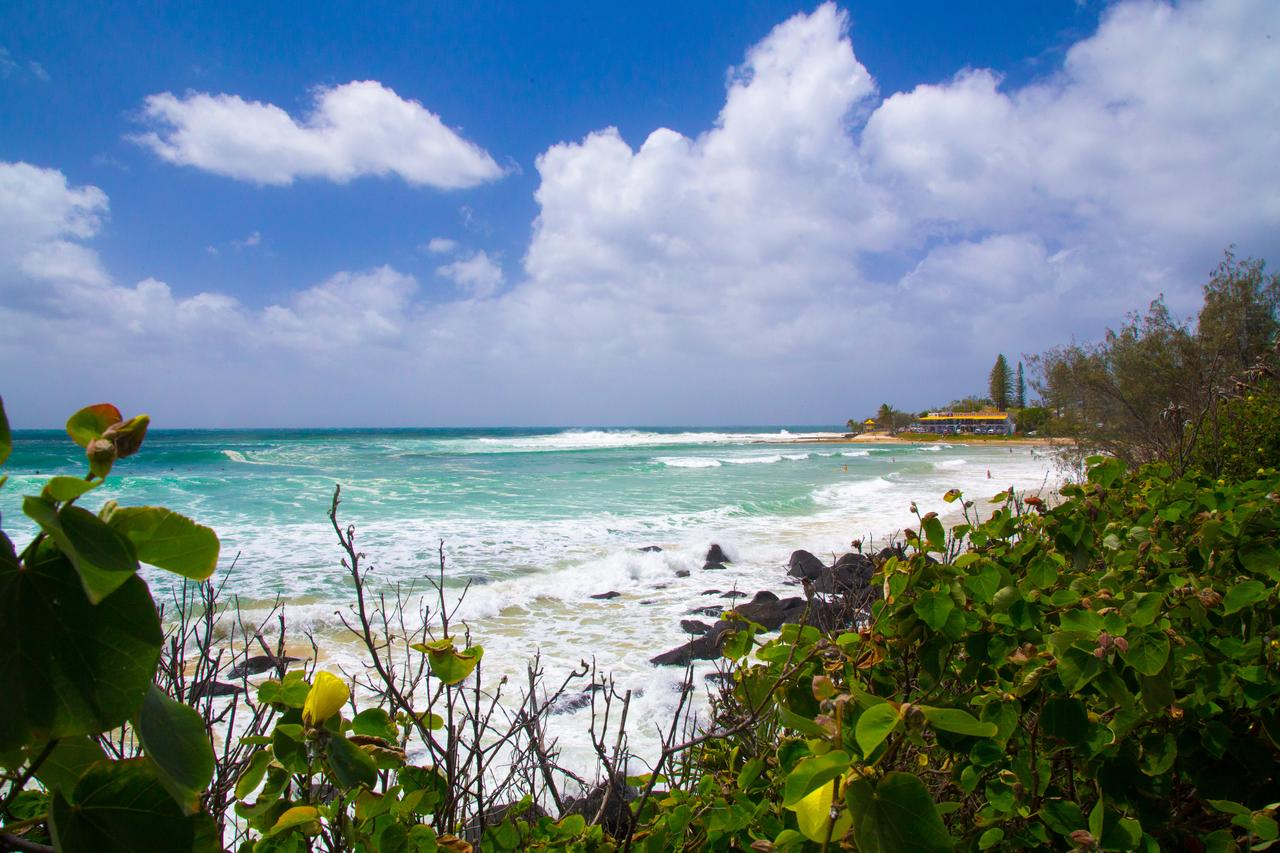 Rainbow Bay Backpackers - Accommodation Mooloolaba