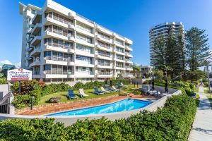 Surfers Chalet - Accommodation Mooloolaba