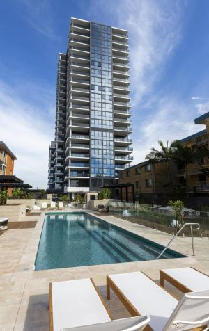 Boardwalk Burleigh Beach - Official - Accommodation Mooloolaba