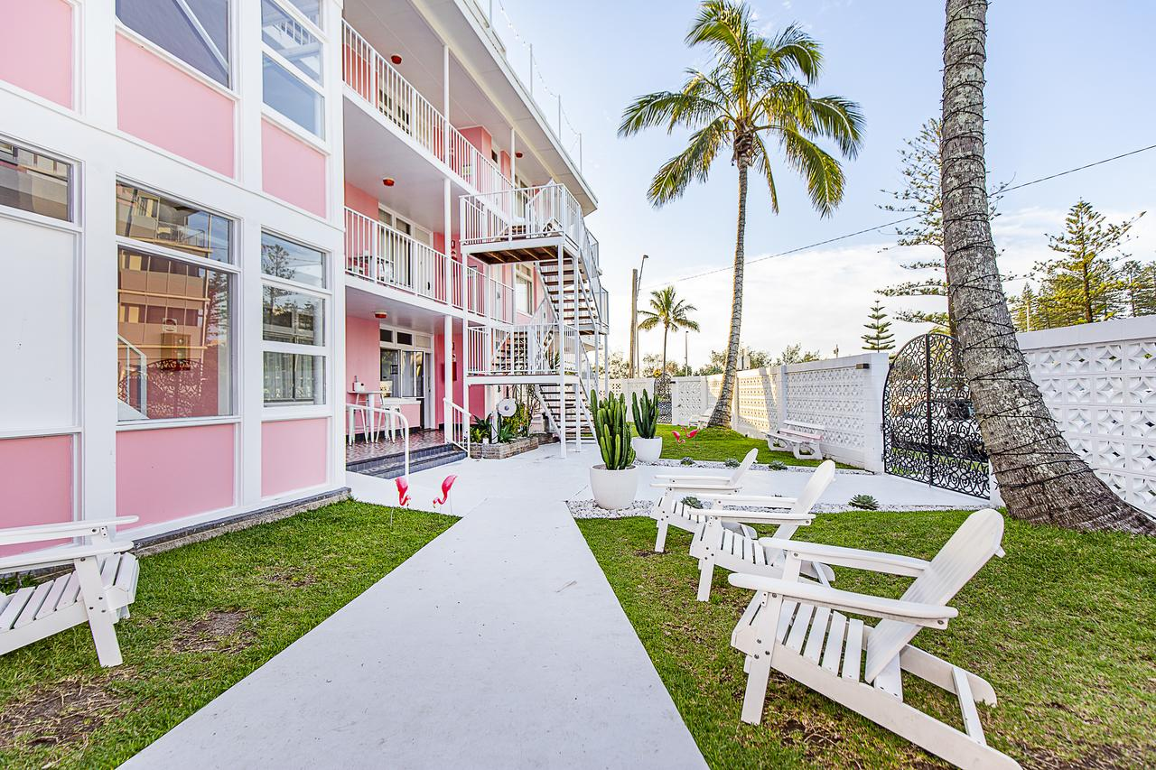 The Pink Hotel Coolangatta - Accommodation Mooloolaba