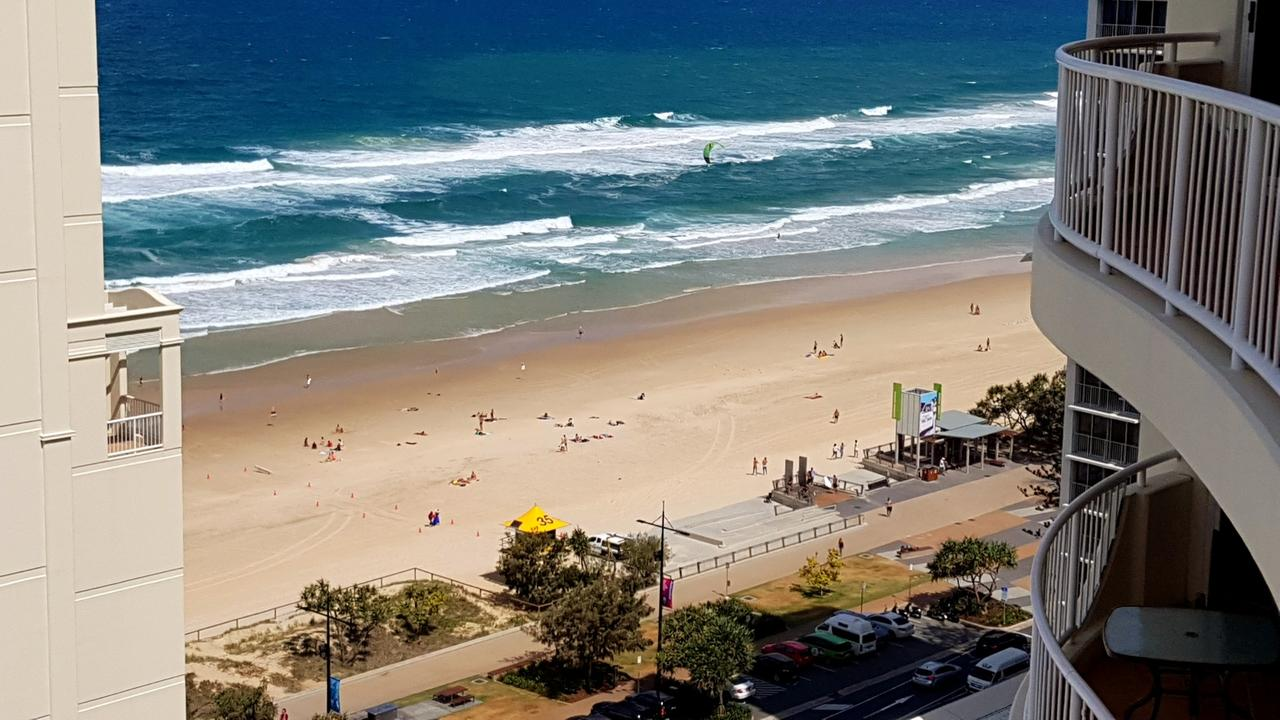 Moroccan View Tower Surfers Beach - Accommodation Mooloolaba