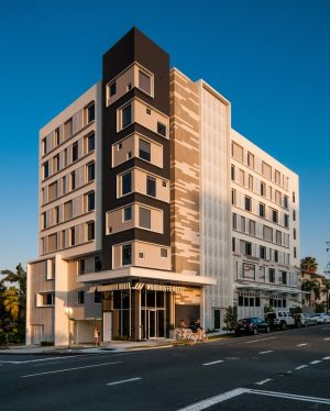 Woodroffe Hotel - Accommodation Mooloolaba
