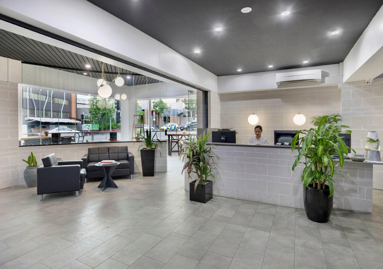 The Metropolitan Spring Hill - Accommodation Mooloolaba