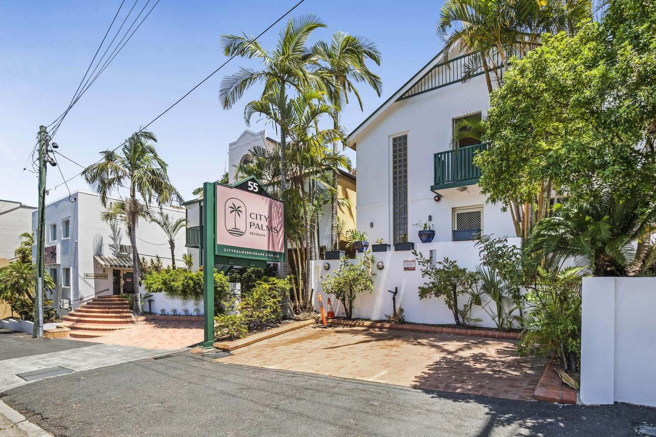 City Palms Brisbane - Accommodation Mooloolaba