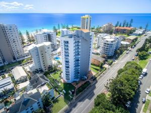 Rainbow Commodore Apartments - Accommodation Mooloolaba