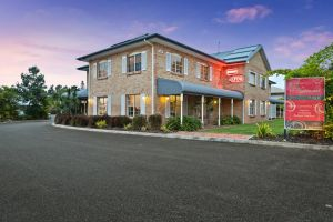 Coopers Colonial Motel - Accommodation Mooloolaba