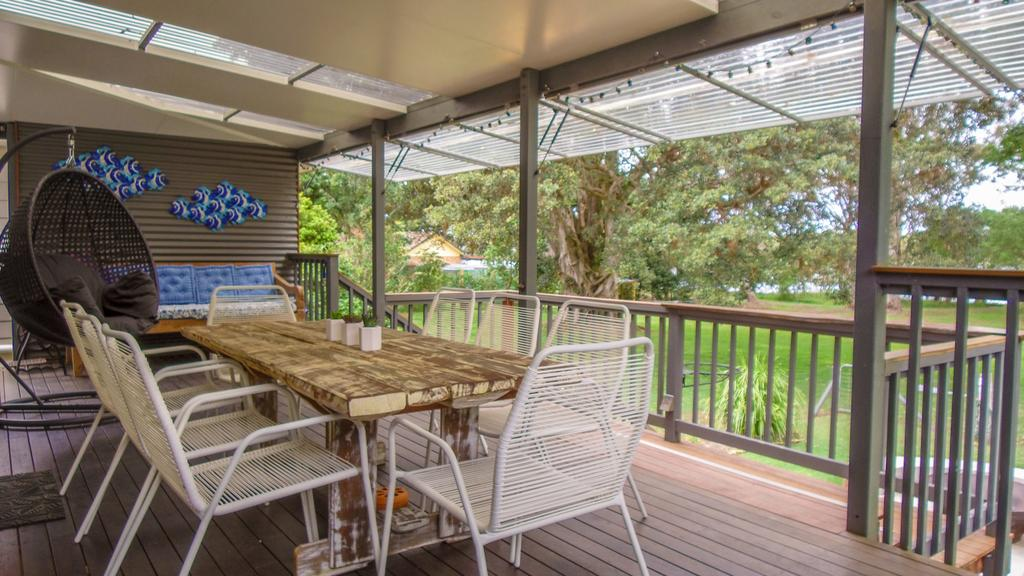 'RIVERSIDE RETREAT' 544 Ocean Drive North Haven - Accommodation Mooloolaba