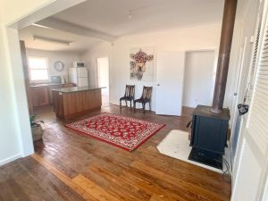'The Wattles' - True Country Escape Near Wineries - Borenore - Accommodation Mooloolaba
