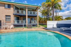 1-33 Tingira Close - Rainbow Beach Gorgeous ocean views swimming pool air conditioning - Accommodation Mooloolaba