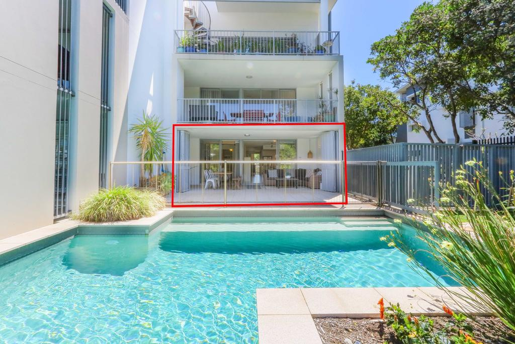 A Deluxe Swim Up - Drift Apartments South - Accommodation Mooloolaba