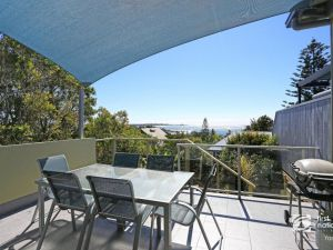 Angourie Blue 1 - Great Ocean Views - Surfing beaches - Accommodation Mooloolaba