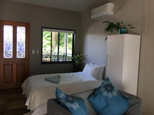 Annerley-granny flatprivate new convenience - Accommodation Mooloolaba