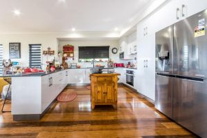 Austinmer - Cannonvale - Accommodation Mooloolaba
