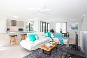 Beach Breeze Holiday House - Accommodation Mooloolaba