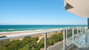 Beachfront Apt Main Beach - Accommodation Mooloolaba
