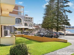 Beachfront Terrigal - 4/24 Terrigal Espl - Accommodation Mooloolaba