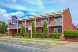 BEST WESTERN Burke And Wills Motor Inn - Accommodation Mooloolaba