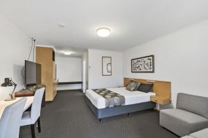 Blue Shades Motel - Accommodation Mooloolaba