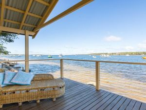 Bluewater - riverfront location with water views - Accommodation Mooloolaba